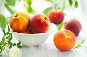 Персики запрещены при язве желудка
